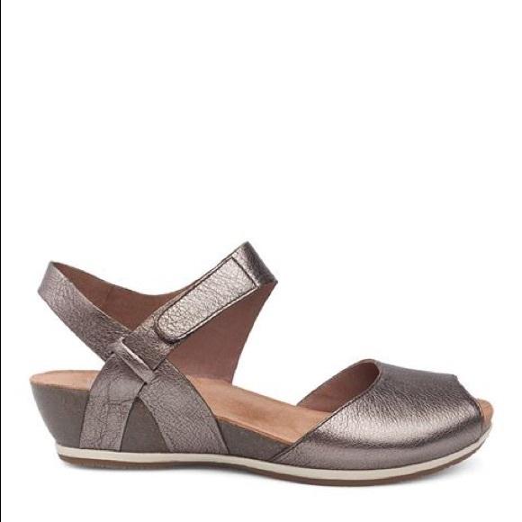 Dansko Vera Peep Toe Sandals In Pewter
